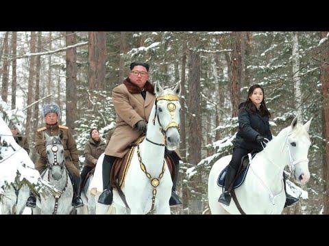 Nordkorea: Kim Jong-un reitet durch den Schnee