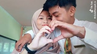 Video Couple Tik Tok Romantis # Hits Tik Tok Indonesia MP3, 3GP, MP4, WEBM, AVI, FLV September 2018