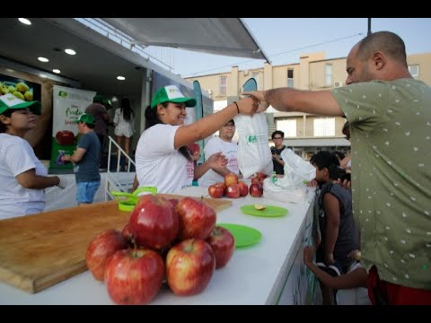 La fruta insignia rionegrina se luce en Las Grutas