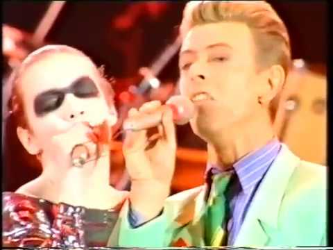 Queen - Annie Lennox - Under Pressure (видео)