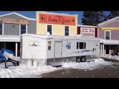 2013 8x26V Hydraulic Ice Castle Leech Lake Ed
