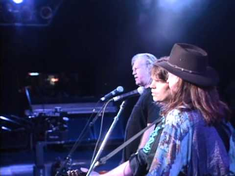 Billy Joe Shaver - Live Forever (Live at Farm Aid 1994)