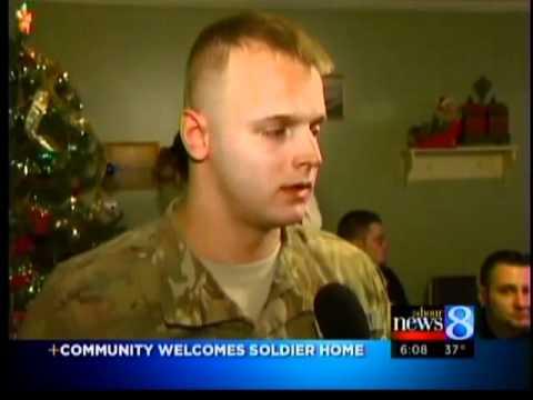 Muskegon soldier gets hero;s welcome