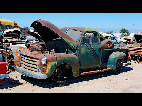 Junkyard Rescue! Saving a 1950 GMC Truck – Roadkill Ep. 31