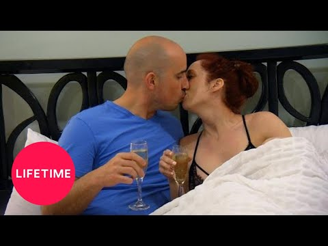 Married at First Sight: Elizabeth and Jamie Heat Up Quickly (Season 9) | Lifetime