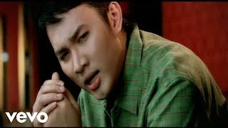 Video Ribas - Sebelah Hati (Video Clip) MP3, 3GP, MP4, WEBM, AVI, FLV Juni 2019