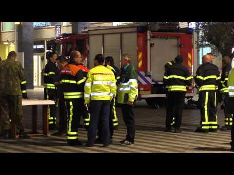 Niet duidelijk waardoor twaalf mensen onwel worden winkelcentrum Pieter Vreedeplein