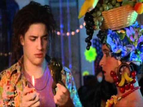 Brendan Fraser em O Genro dos meus Sonhos [Son in Law] 1993
