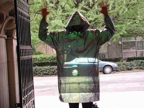 il mantello dell'invisibilità esiste?