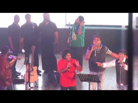 Video Thaikkudam Bridge - Live in Bangalore download in MP3, 3GP, MP4, WEBM, AVI, FLV January 2017