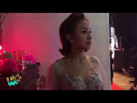 [8VBIZ] - Trở lại showbiz, Thanh Vân Hugo khéo léo che hình xăm lớn sau lưng - Thời lượng: 3 phút.