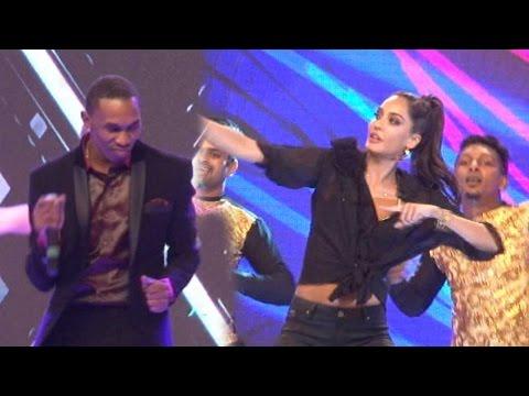 Lisa Haydon's Special Performance At International