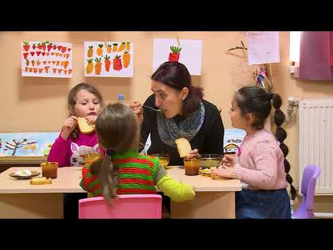 Resource Video On Pre-school Education: Researcher Children