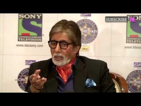 Amitabh Bachchan cycles in Kolkata while shooting