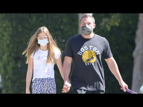 Ben Affleck And Daughter Hold Hands During Their Afternoon Stroll