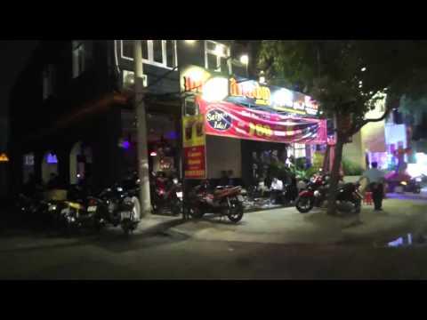 Ăn Đồ Nướng BBQ Hát Karaoke Miễn Phí tại Đất Sài Gòn