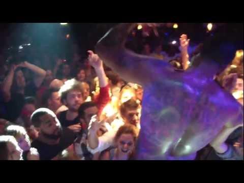 Tekst piosenki Flo Rida - Broke it down po polsku
