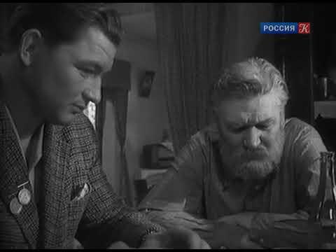 Вот эти кадры заставляют грустно призадуматься, Василий Макарович Шукшин снимал фильм.