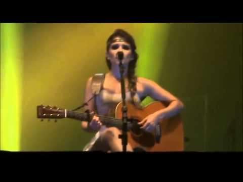 Paula Fernandes em Três Passos - RS (19/04/12)