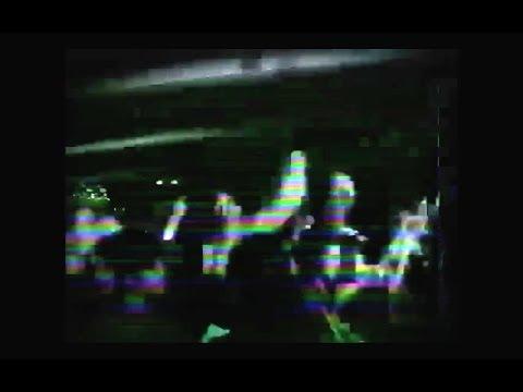 Bones & Xavier Wulf – CrashLanding