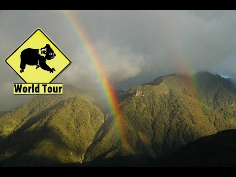 Voyage en Equateur, Banos, cascades et volcan (Travel equator) Tour du monde (around the world)