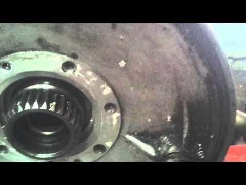 Как заменить сальник на мотоцикле урал