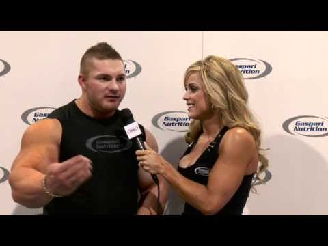 IFBB Pro Flex Lewis and IFBB Pro Stacey Oster-Thompson @ the 2010 Olympia