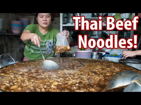 Unbelievable Thai Beef Noodles & Braised Goat at Wattana Panich (วัฒนาพานิช-ก๋วยเตี๋ยวเนื้อ)