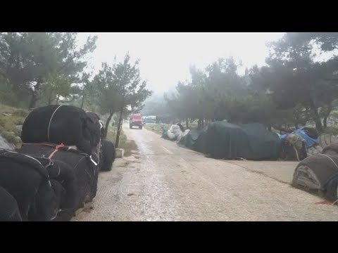 Σε εξέλιξη η φωτιά στο Νηρέα Καρδαμύλων στη Χίο