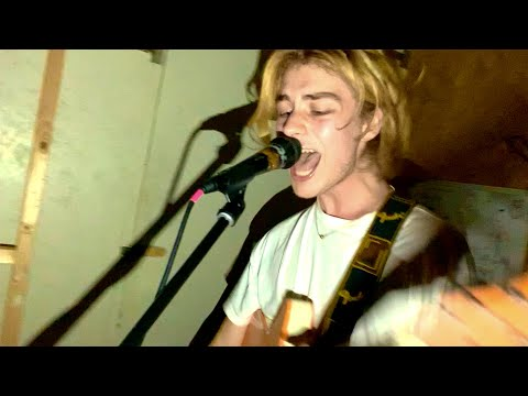 Banji - Chills (Live In Our Rehearshal Space)