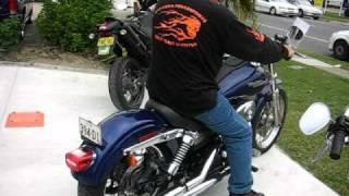 4. MC143 - 2006 Harley Davidson Dyna Street Bob FXDB Cobalt Blue