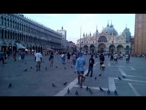 Venedig - Markusplatz am frühen Abend - 08/2017