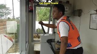 Video Masih ada perlintasan KA Manual tanpa Sirine di Dusun Pasung Subang MP3, 3GP, MP4, WEBM, AVI, FLV Oktober 2018