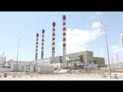 مدير شركة الكهرباء يتفقد موقع الحريق بالوحدة الأولى بمحطة كهرباء الخمس