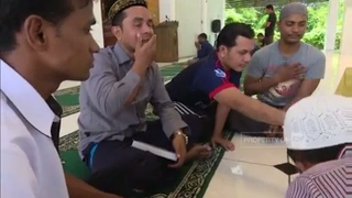 Video Curahan Hati Pengungsi Rohingya di Indonesia MP3, 3GP, MP4, WEBM, AVI, FLV Juli 2018