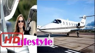 Video Celebrity Profiles |  angelina jolie Income, private jet and car, Houses,angelina jolie Luxurious L MP3, 3GP, MP4, WEBM, AVI, FLV November 2017