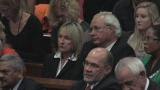 Oscar Pistorius Trial: Tearful Apology To Reeva Steenkamp's Family