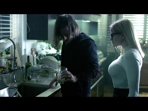 Olivia Taylor Dudley - The Magicians S03E03 Highlights 720p
