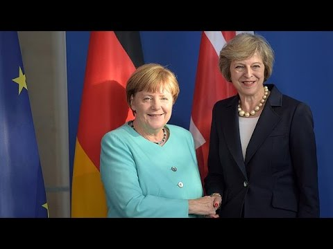 Στο Βερολίνο η Τερέζα Μέι για το Brexit
