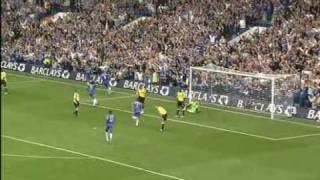 Drogbas Flugkopfball für Chelsea