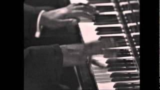 Video Oscar Peterson - C Jam Blues download in MP3, 3GP, MP4, WEBM, AVI, FLV January 2017