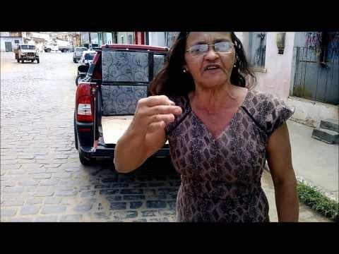(TV UR) Ubatã: Sem receber pagamento, empresa recolhe móveis da Câmara de Vereadores