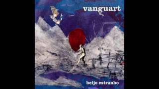 """Faixa 4 do álbum """"Beijo Estranho"""". E O Meu Peito Mais Aberto Que O Mar da Bahia (Helio Flanders & Reginaldo Lincoln) Quando..."""
