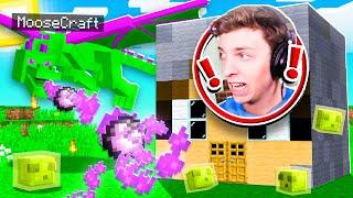 10 Ways To Prank my FRIEND's House in Minecraft!