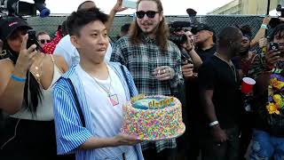 Video POST MALONE SURPRISES RICH CHIGGA WITH THE BEST BIRTHDAY GIFT OF ALL TIME!! | WITH POSTMATES! MP3, 3GP, MP4, WEBM, AVI, FLV Desember 2017