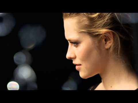 Teresa Palmer - O rosto Global de Artistry