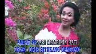 Download Lagu keroncong Gambang Semarang -- Tuti Trisedya Mp3