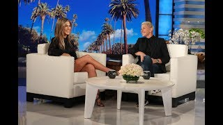 Video Jennifer Aniston's First Text During Her Plane Scare Was from Ellen MP3, 3GP, MP4, WEBM, AVI, FLV Juni 2019
