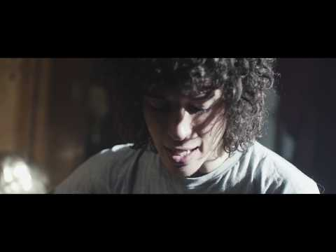Julian Perretta - Miracle (Acoustic Version)