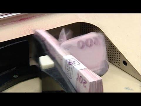 Lundi noir à la bourse d'Istanbul : la devise turque au plus bas